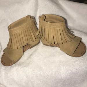 Other - Cute zip up tan sandals